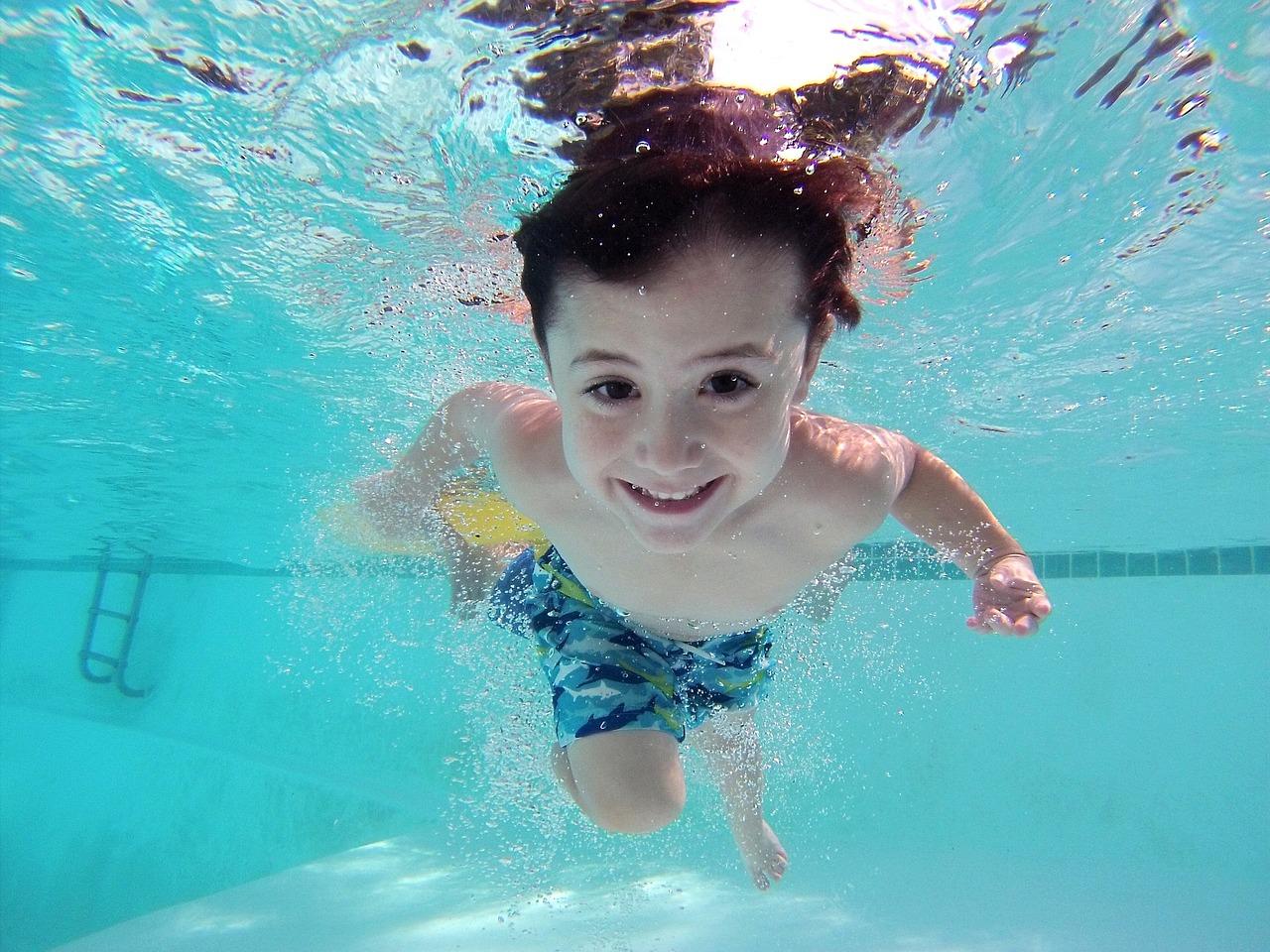 Plavání pro větší děti s Fília klubem