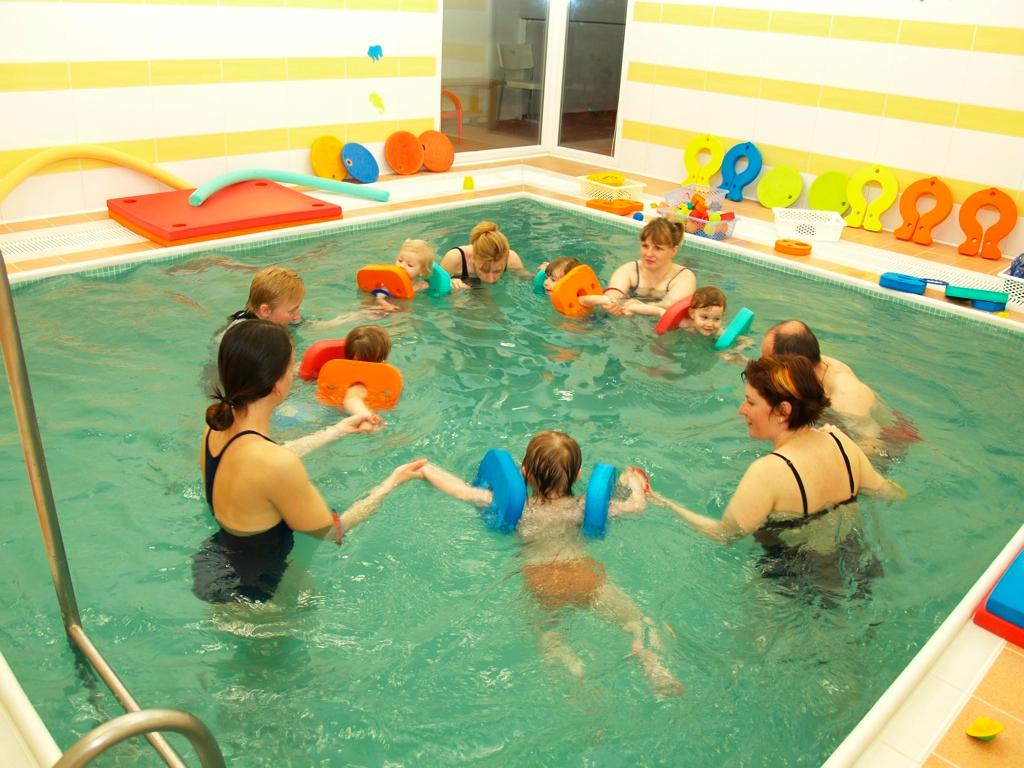 Plavání pro děti - Filia.cz